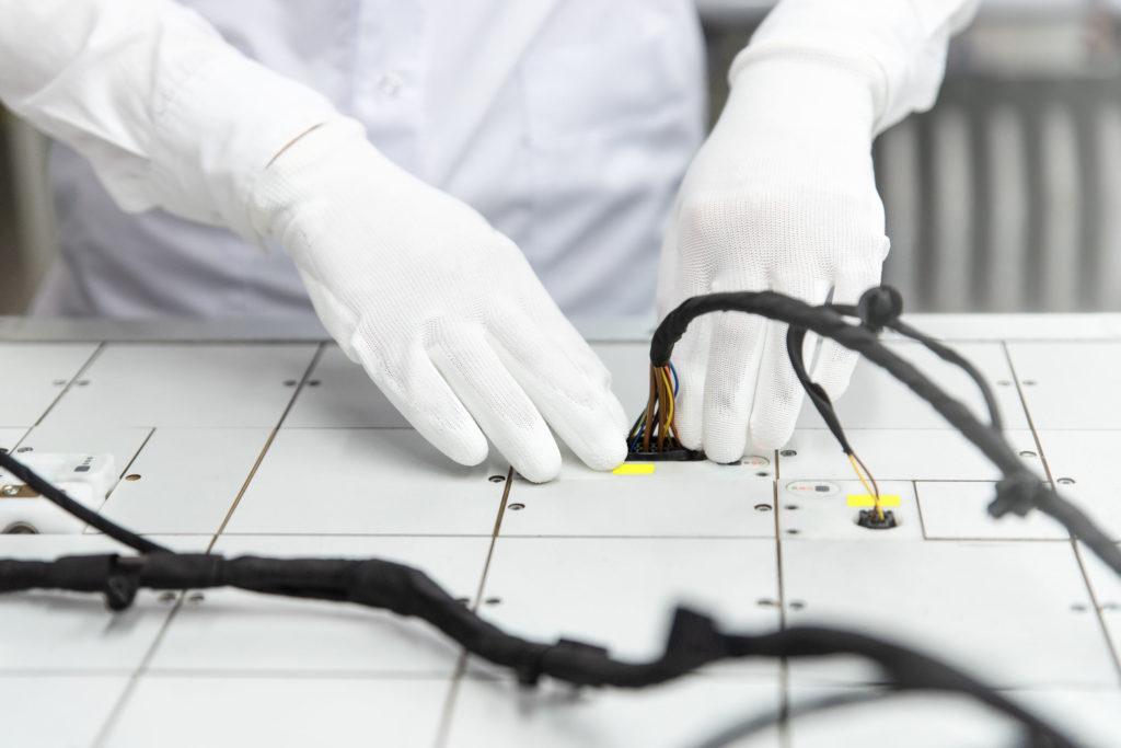 Automotive Wiring Image 1
